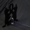 端材工房 卓上仕切り 横・縦置き・吊り兼用 87x60cm 透明 招き猫の形をした足